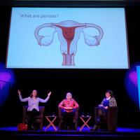 "lit.COLOGNE 2018: Nina Brochmann, Ellen Støkken Dahl und Moderatorin Marie-Christine Knop (v.l.n.r.) bei ""Viva la Vagina"". © Ast/Jürgens"