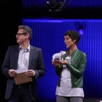"""lit.COLOGNE 2021 Digital: 30.05. """"Debütpreis"""": v.l. Frank Bender / RheinEnergie, Monika Schärer / ©lit.COLOGNE/Ast/Juergens"""