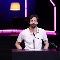 """lit.COLOGNE 2021 Digital: 07.06. """"Die Stimmen von morgen - schon heute."""": Akın Emanuel Şipal / ©lit.COLOGNE/Ast/Juergens"""