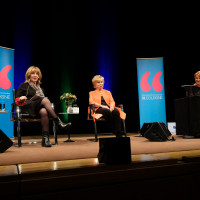 lit.COLOGNE Spezial 2019: Angela Spizig, Isabel Allende, Mariele Millowitsch ©Ast/Juergens